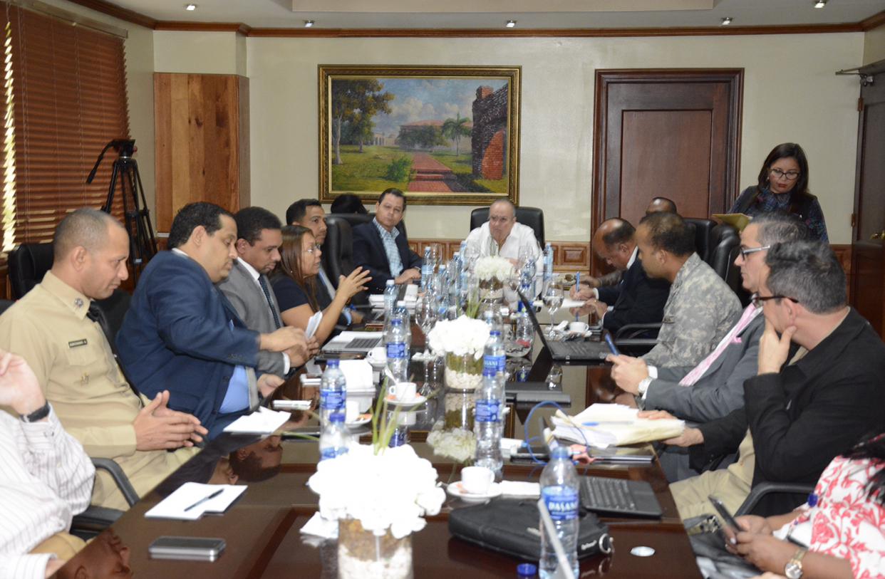 Comisión Bicameral avanza estudio de proyecto Ley de Comercio Marítimo
