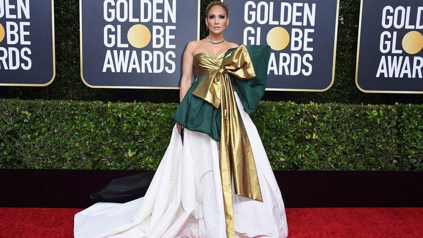 Jennifer López deslumbró en la alfombra roja de los Globos de Oro