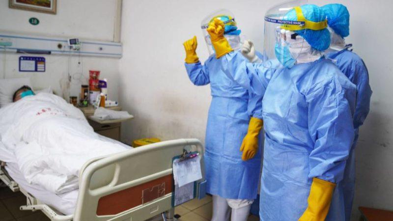 Crece la ira en China sobre cómo se gestó la epidemia de coronavirus