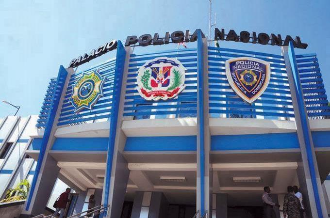 Colegio de Abogados dice abogado murió por asfixia a manos de policías