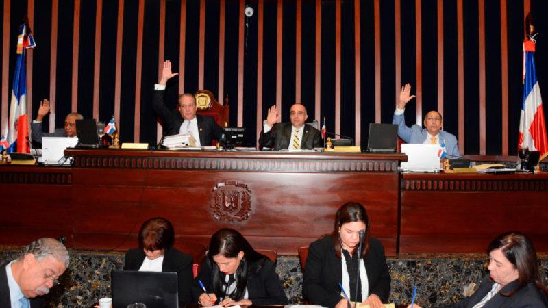 El Senado declara de urgencia y aprueba en dos lecturas consecutivas proyecto de Ley de Garantías Mobiliarias