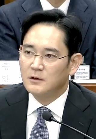 Investigan supuesto uso de drogas por parte del líder de Samsung
