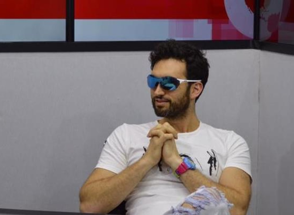 Karim anuncia respaldo a Domingo Contreras y proponen competencias de Fórmula 1