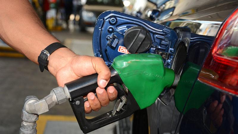Gasolinas bajan más de 11 pesos y todos los demás combustibles caen de precio
