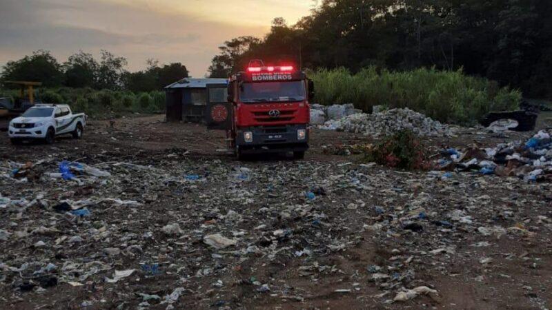 Se registra incendio en vertedero municipal de Jarabacoa
