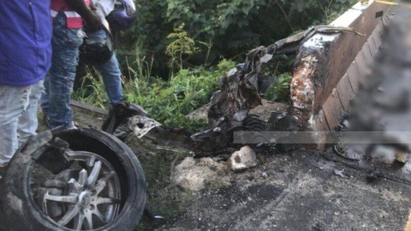 Accidente de tránsito en la 6 de Noviembre deja dos personas fallecidas y cuatro heridas
