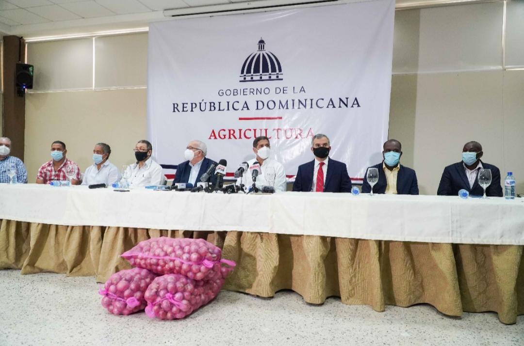 Gobierno comprará 100 mil quintales de cebolla para estabilizar el precio del producto