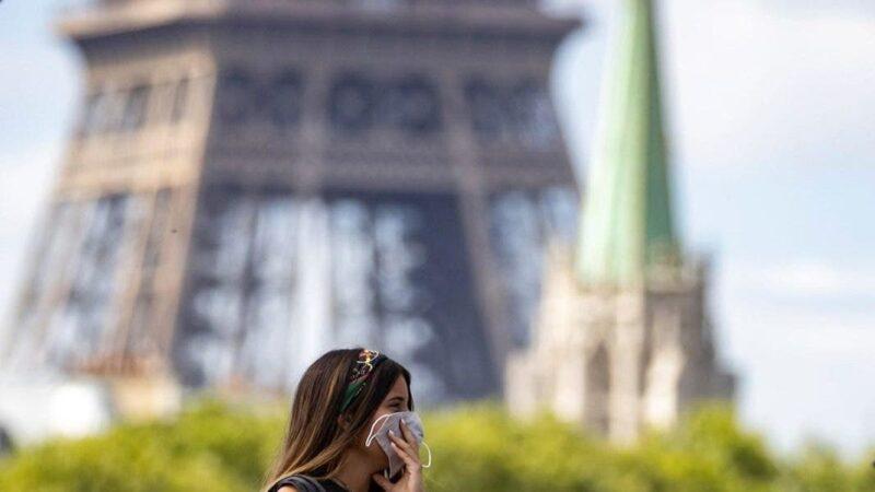 El Gobierno francés acelera el ritmo de la vacunación ante las críticas