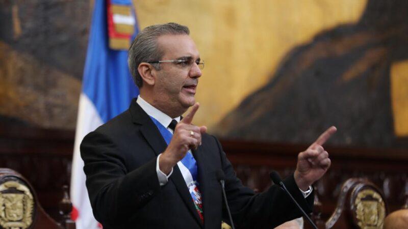 Presidente Abinader anuncia reforma de la Ley de Hidrocarburos