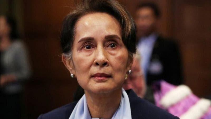 El Ejercito toma el control de Birmania tras detener al Gobierno de Suu Kyi