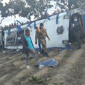 5 muertos en accidente carretera Sánchez, eran de San Juan de la Maguana.