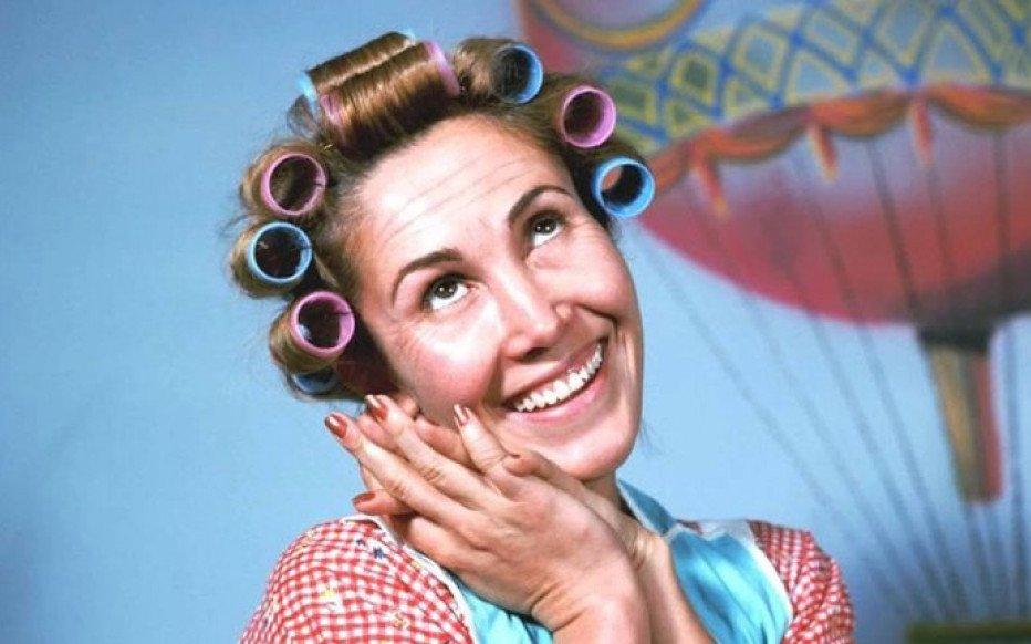 """Doña Florinda celebró sus 72 años con una foto sin maquillaje: """"¿No gustan pasar a tomar una tacita de café virtual?"""""""