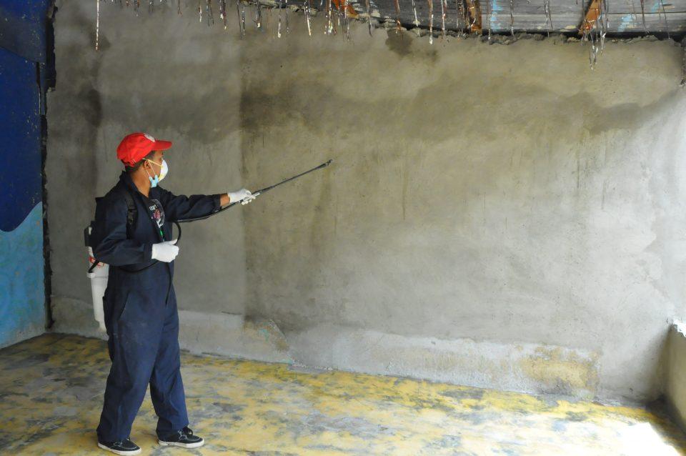 Realizan operativo de fumigación para eliminar plagas en sectores del Distrito Nacional