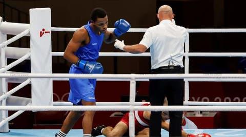 El dominicano Euri Cedeño vence al argentino Verón y disputará medalla en boxeo