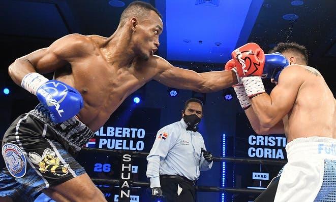 «La Avispa» Puello retiene el título superligero y Rosa gana el cinturón mínimo de la AMB