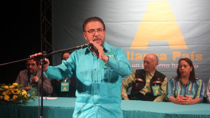 Alianza País proclama a Guillermo Moreno como su candidato presidencial para elecciones 2020