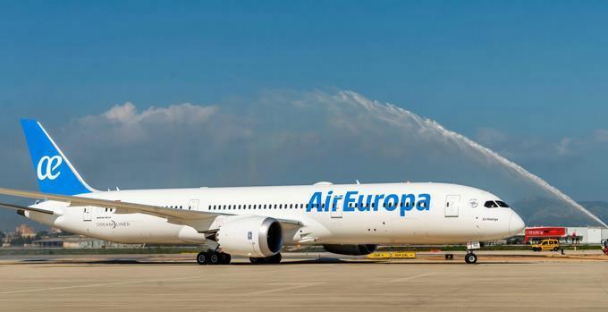 Unos 200 dominicanos varados llegarán al país en un vuelo procedente de España