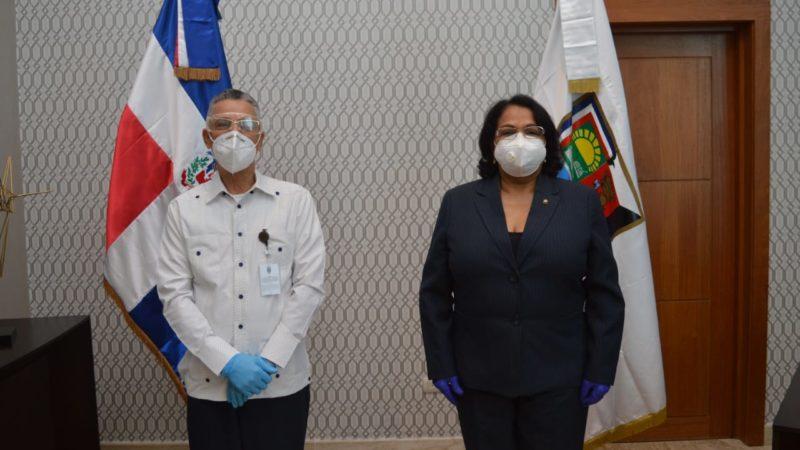 Alcalde Jiménez y rectora UASD avanzan en planes construir ciudad universitaria en SDE