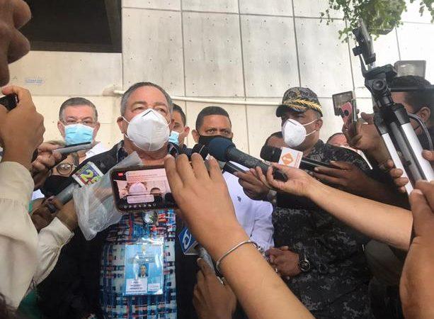 Cuatro miembros de la policía militar electoral detenidos por robo en junta de Santiago
