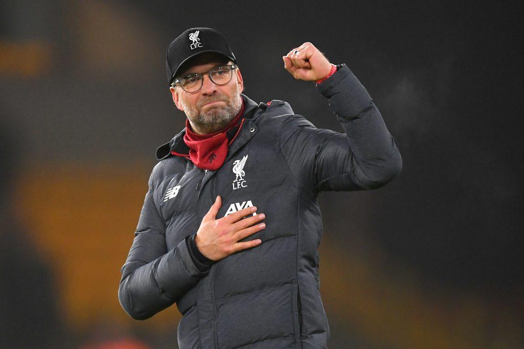 El Liverpool se corona campeón de la Premier de Inglaterra 30 años después
