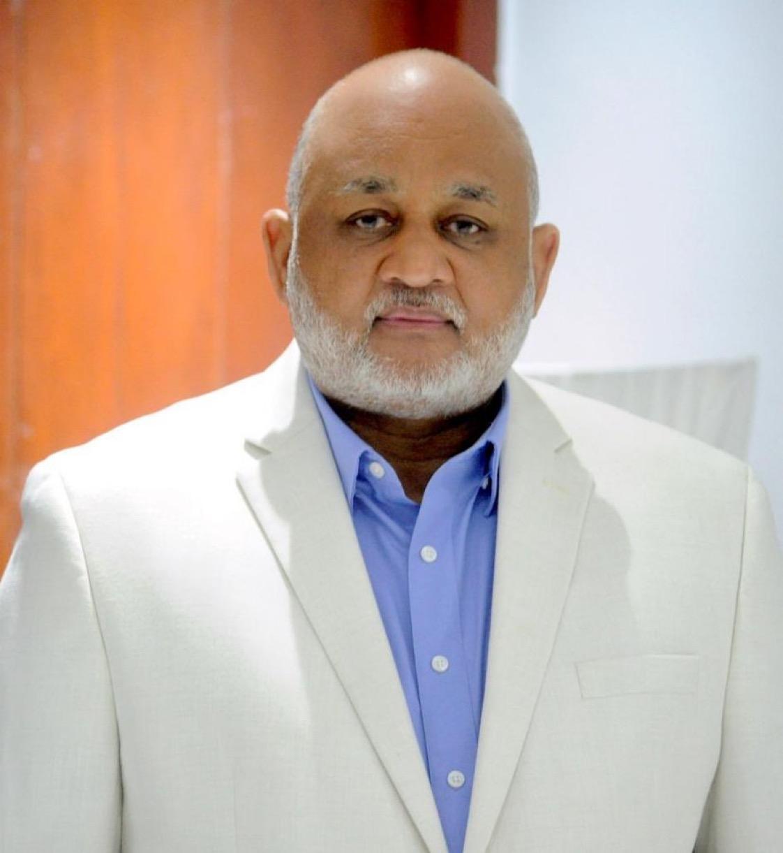 Abinader designará al Dr. Roberto Fulcar Ministro de Educación