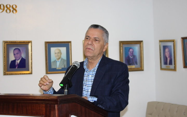 Alcalde Manuel Jiménez asegura munícipes SDE votarán masivamente  por Luis Abinader