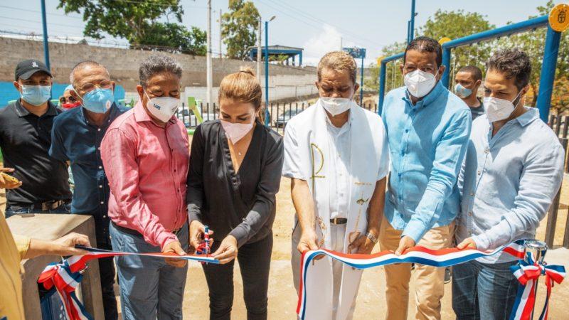 ADN INAUGURA PARQUE EN LA ZURZA JUNTO A COMUNITARIOS