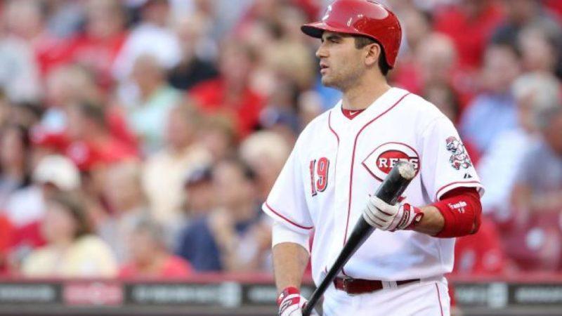 Rojos de Cincinnati colocan a Joey Votto en lista de lesionados