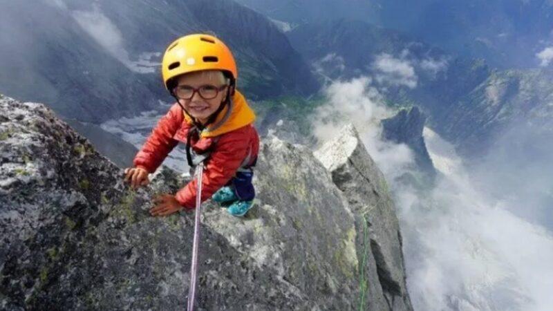 Niño de 3 años escaló montaña de 3 mil metros