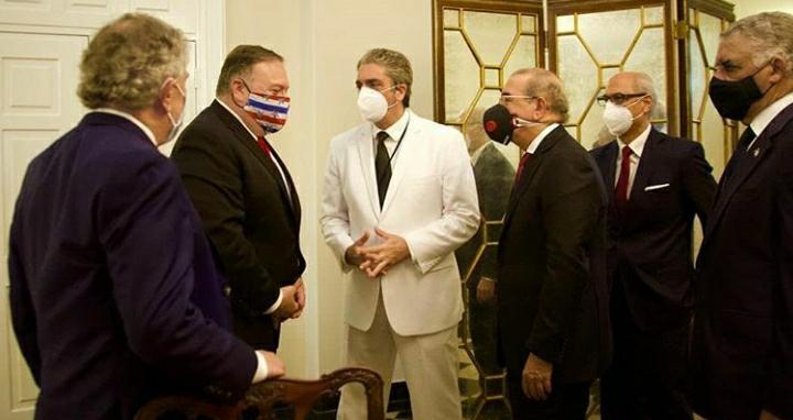 Danilo Medina se reúne con Mike Pompeo