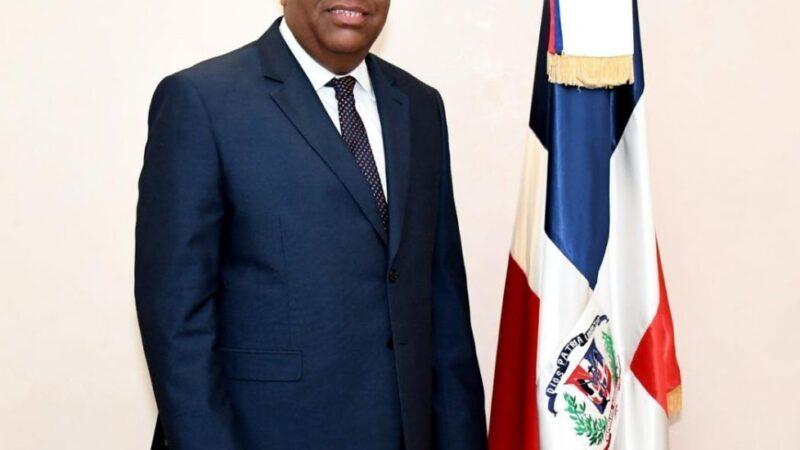Ministro Danilo Díaz será reconocido por la Liga Dominicana de Fútbol