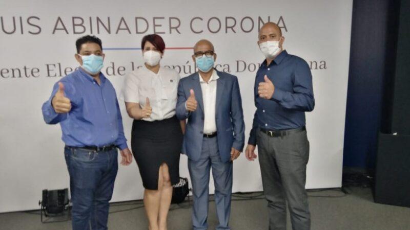 Líderes del PRM en Europa llegan al país a juramentación Luis Abinader