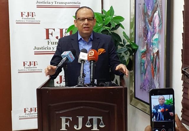 FJT propone creación de oficina coordinadora de reformas institucionales estatales para fusión y eliminación de entidades públicas