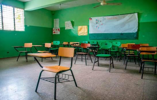 Iglesia Católica en Santiago se opone a inicio del año escolar de manera presencial