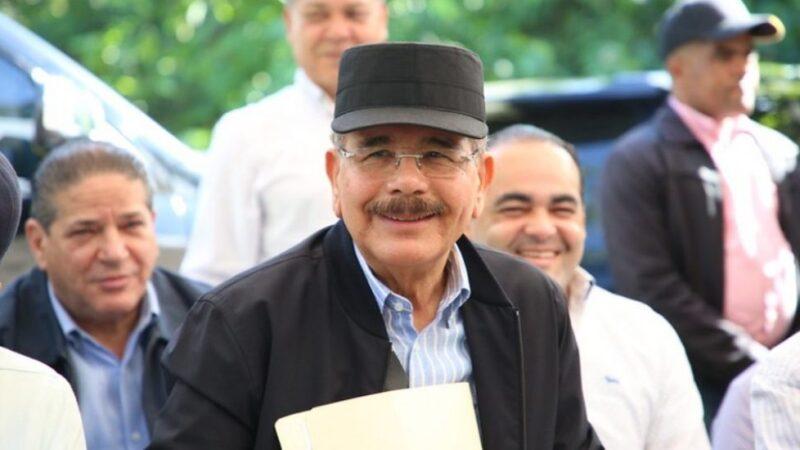 Danilo Medina se reunirá con ganaderos de región Sur en última visita sorpresa