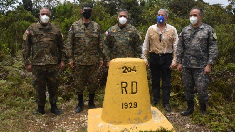 Rubén Paulino Sem realiza recorrido fronterizo con próximo ministro de Defensa
