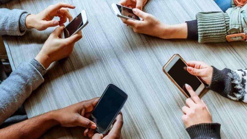 El uso excesivo del teléfono móvil podría provocar pérdida de memoria