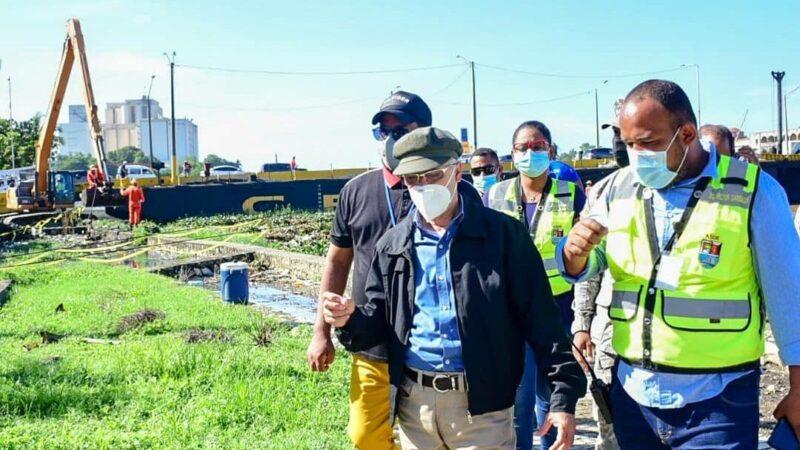Alcaldía de Santo Domingo Este realiza operativo de limpieza este sábado