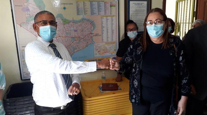 Designan nuevo director en la Dirección Municipal Área II de Salud Santo Domingo Este