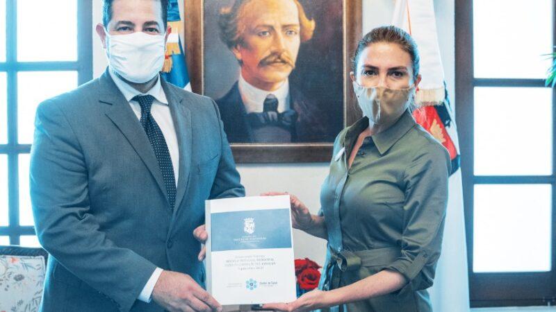 ADN y el Clúster de Salud Santo Domingo lanzan «Manual Municipal para la Prevención del Covid 19».