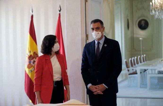 Sánchez y Ayuso acuerdan crear un «Grupo COVID-19» para coordinar las medidas