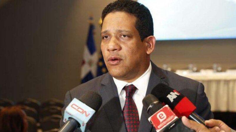 Carlos Pimentel, de Contrataciones Públicas, declara bienes por 4 millones de pesos