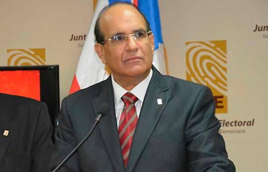 Fallece madre de Julio César Castaños, presidente de la JCE