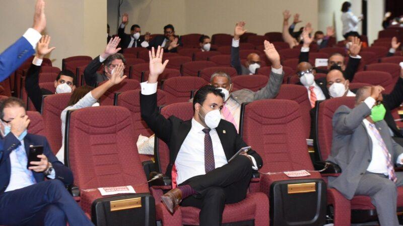 Diputados aprueban resolución que solicita construcción de un acueducto en Los Botados de Yamasá