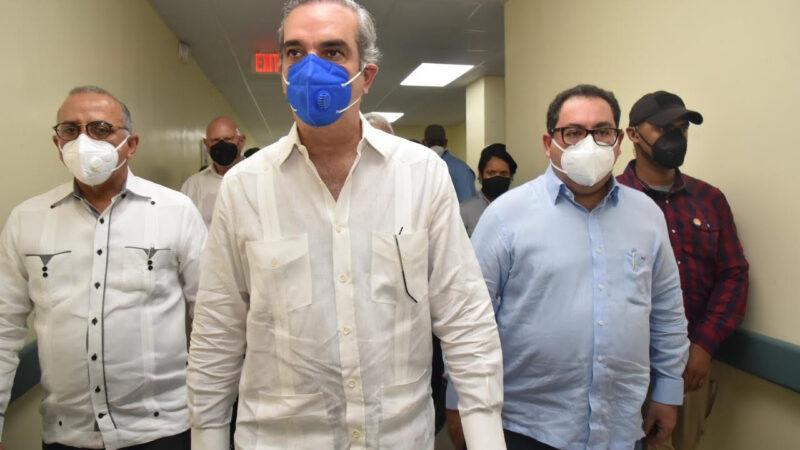 Presidente Abinader y autoridades de salud supervisan avances construcción hospital Las Terrenas