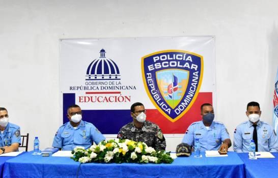 Policía Escolar redobla servicios para proteger los equipos tecnológicos en las escuelas