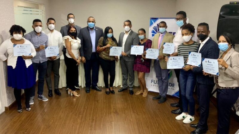 CAFD gradúa emprendedores de Santo Domingo Este
