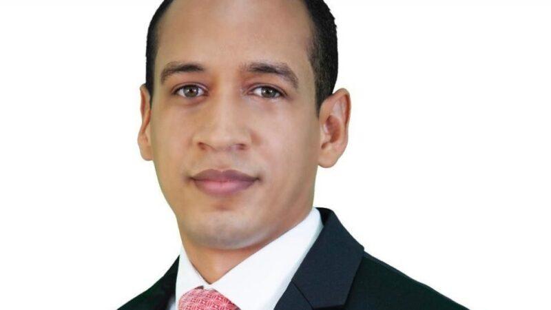 El abogado Carlos David Betances presenta su propuesta para ser miembro de la Cámara de Cuentas