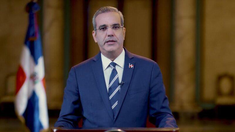 Presidente Abinader donará su salario a una causa social