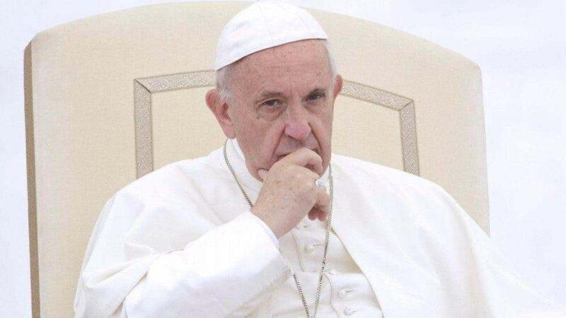 El papa deja sin gestión de fondos a la Secretaría de Estado tras escándalos